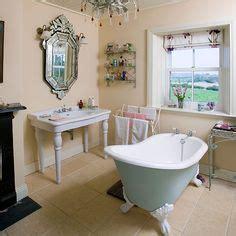 Hellblaues Badezimmer by Ornate Bathroom With Blue Slipper Bath Bathroom