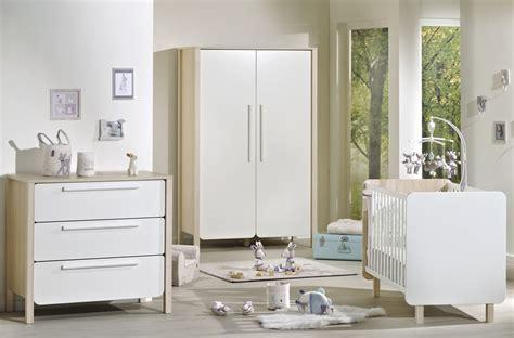 collection chambre bébé fille salon moderne marron et beige
