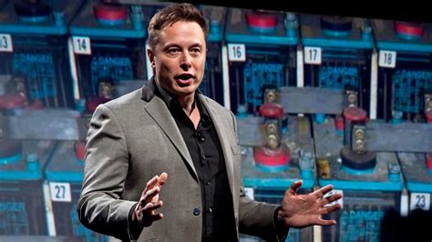 elon musk puerto rico why elon musk is pitching solar panels to puerto rico even