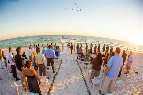 Wedding on Santa Rosa Beach, Florida ? Matt Andrews Photography