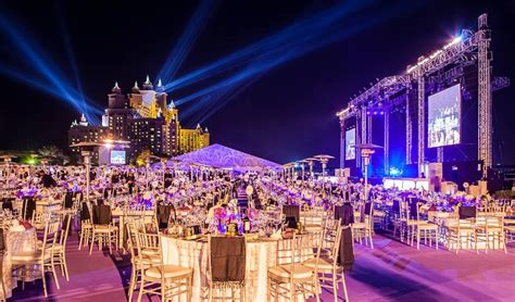 places for new year dinner best places to spend new year s in dubai
