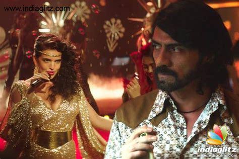 parveen babi and zeenat aman songs serbian actress natasa stankovic gets into parveen babi