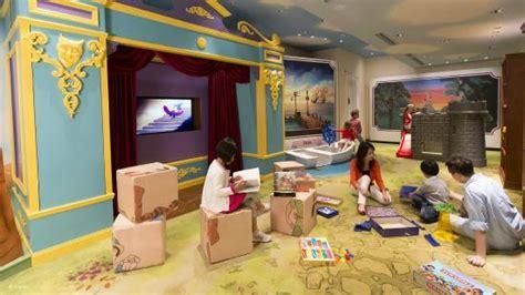 theme hotel hong kong storybook playroom picture of hong kong disneyland hotel