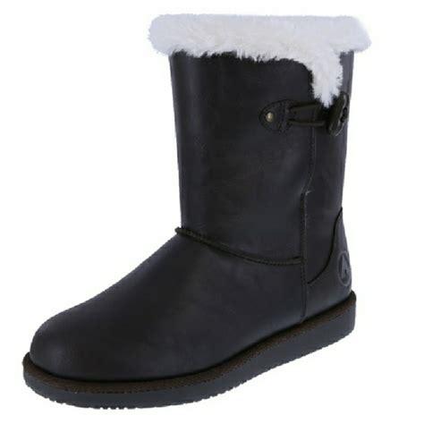 11 airwalk shoes airwalk myra snow boot from