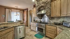 Top Of The Line Kitchen Cabinets Custom Home For Sale In Casa Grande Az At 12617 W Waverly Dr