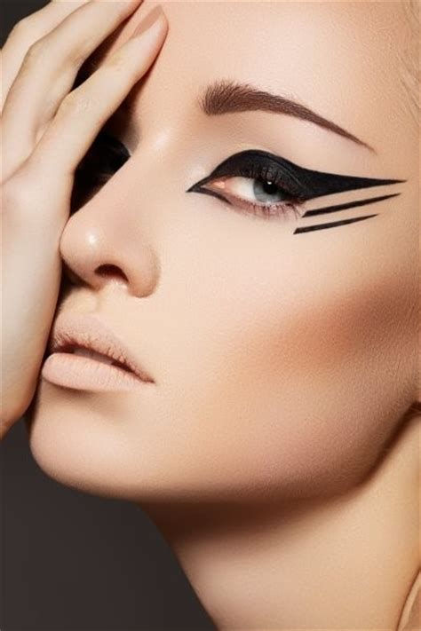 Eyeliner Make Up eyeliner makeup inspiration the model stage