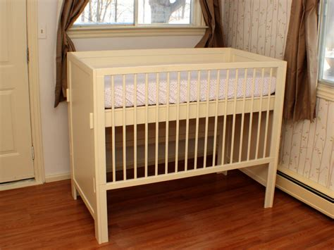 how to build a safe baby crib how to make a crib don heisz ibuildit ca