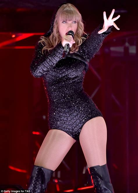taylor swift are you ready for it t shirt taylor swift takes her reputation tour to australia in