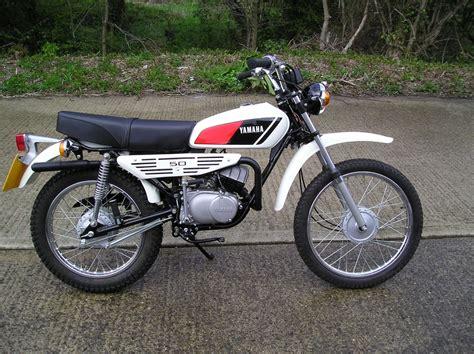 Honda Motorrad Ersatzteile Köln by Aka Je To Motorka Autobaz 225 R Eu