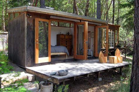 desain kamar yang menarik desain kamar tamu yang nyaman dan menarik dengan berbagai