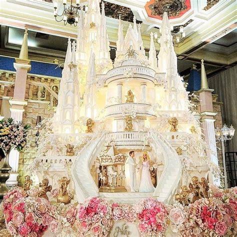 Custom Wedding Cake Jakarta by Castle Special Custom Cakes Le Novelle Cake Jakarta