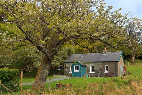 Cottage Isle Of Mull by Mable And Cottages Lochbuie The Isle Of Mull