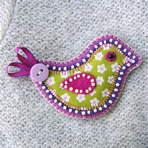 Handmade Fabric Crafts - folksy quot bird fabric brooch quot craftjuice handmade