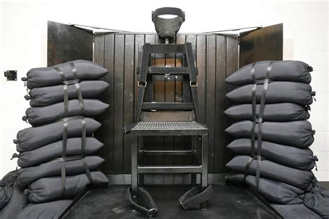Electric Chair Execution Photos by Mississippi Advances Bill To Bring Back Firing Squad