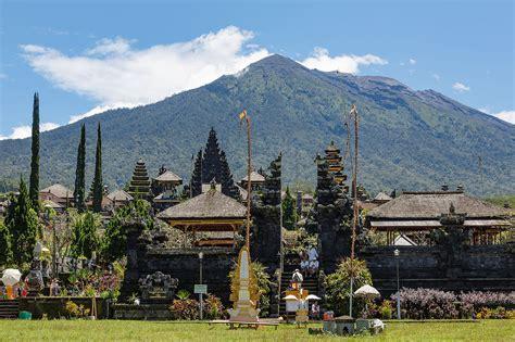 bali wikipedia bahasa indonesia ensiklopedia bebas berkas besakih bali indonesia pura besakih 03 jpg