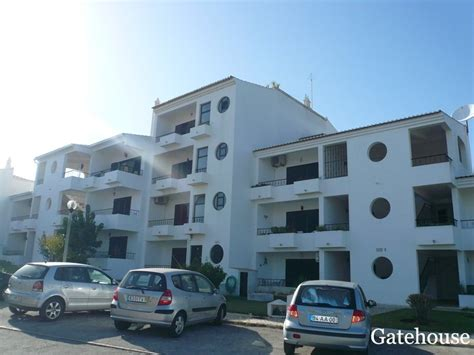appartments for cheap cheap apartments for sale in albufeira gatehouse