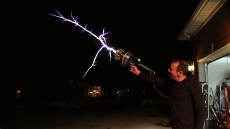 Tesla Coil Launcher Handheld Tesla Coil Gun Looks Like A Real