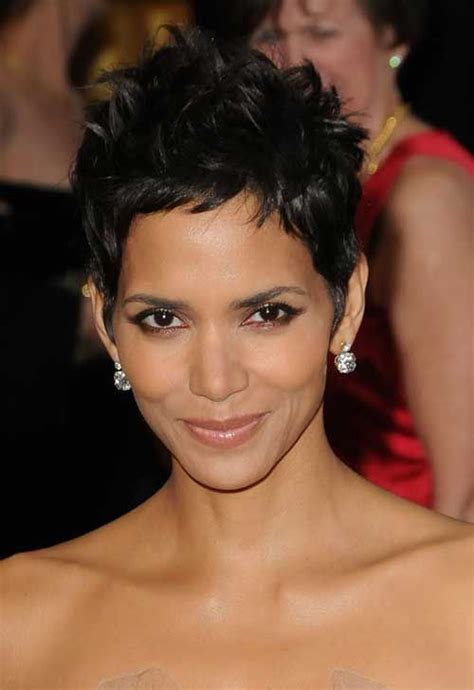how to cut hair to look like halle berry 17 best ideas about halle berry haircut on pinterest
