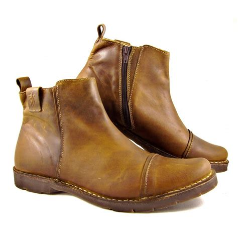 fly boots mens fly shoes boots and sandals buy fly shoes