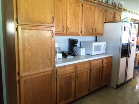 do it yourself kitchen cabinets painting it s my turn to paint kitchen cabinets a little advice