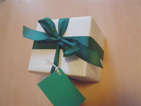 shop gift wrap luxury gift wrap giftwrap shop com