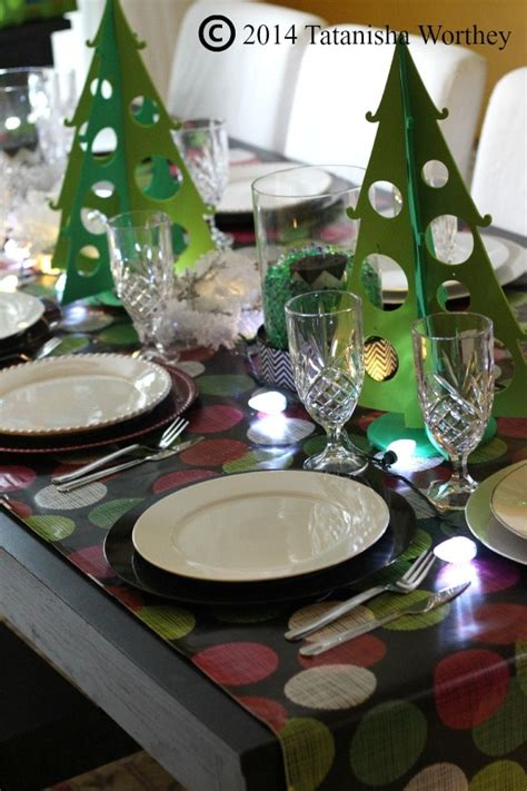 stylish christmas table setting that doesn t break the bank