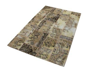 schwarzer fell teppich patchwork teppich eine besonderheit f 252 r sich archzine net