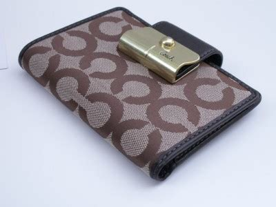 Ready Coach Embossed Wallet Darkbrown Mahogany la femme coach kristin op signature medium wallet 43732