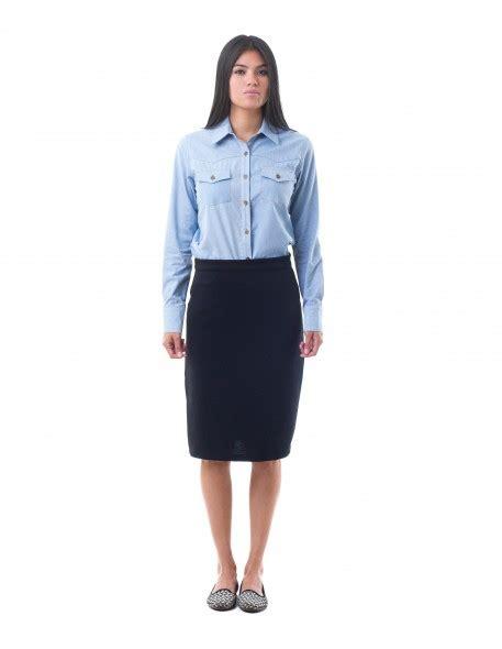 falda con cierre al costado falda recta con largo midi
