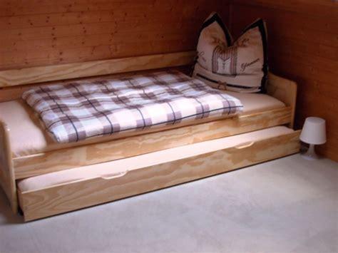 Bett Zum Kaufen by Bett Zum Ausziehen Bett Ohne Kopfteil Mit Schubladen