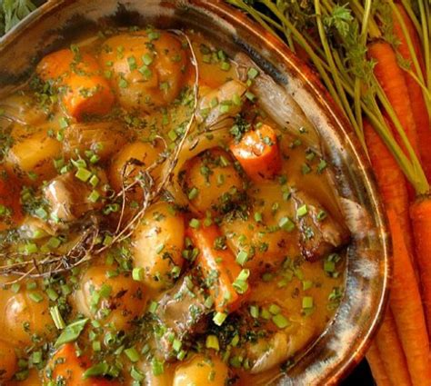 traditional irish lamb stew videos cooking channel how to make a traditional irish lamb stew delishably