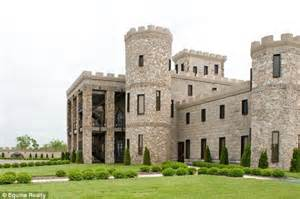 Sale King S Ky 8814a fit for a king kentucky castle goes on sale for 30