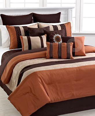 burnt orange coverlet 1000 ideas about burnt orange bedroom on pinterest