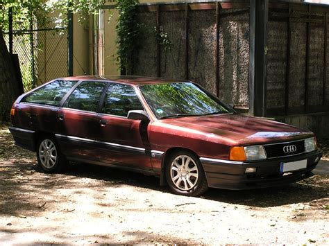 Audi 100 Avant by Audi 100 C3 Avant Aufgenommen Juli 2010