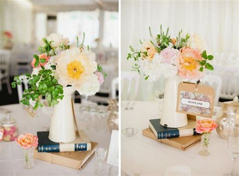 travel themed table decorations modern and vintage wedding decorations with jugs 21