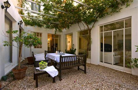 Pergola Terrasse 3205 by A House At Ramat Hasharon Architect Galya Shternberg