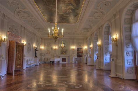 Baroque Interior Slideshow 762 20 White Hall Of Gatchina Palace Side View