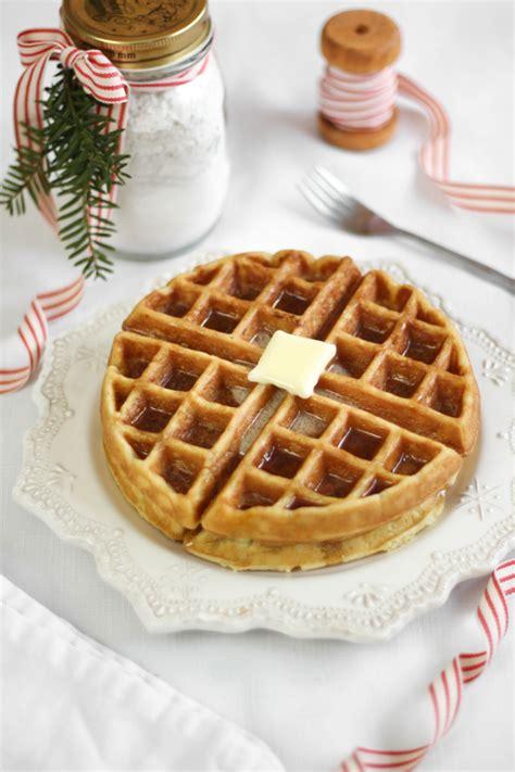 Waffle Cabin Recipe by Macaron Pom Gel 233 E Spritzers