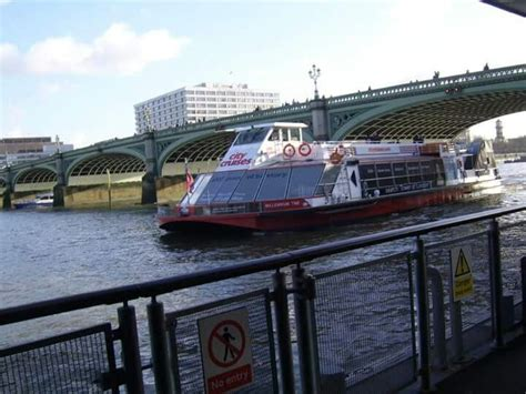 thames river cruise stops 24 best madame tussauds london images on pinterest
