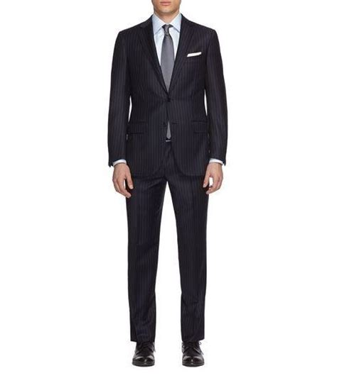 what color shoes with navy suit what color shoes should i wear with a navy suit at my