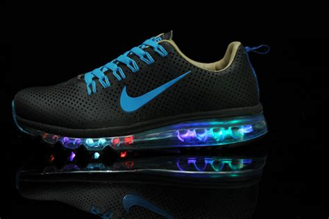 Light Up Nike Shoes by Original Nike Air Max Motion Nsw Light Up Black Blue