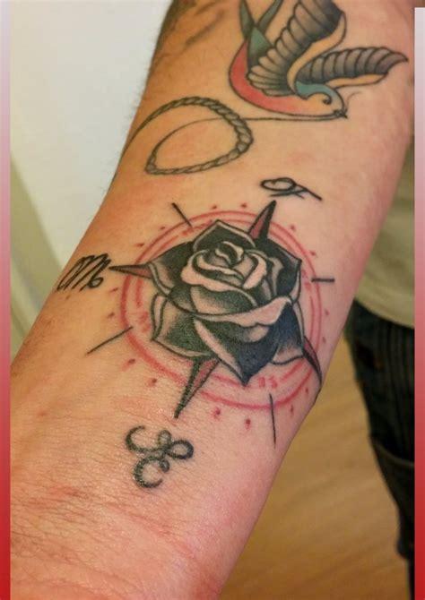 tattoo old school rosa dei venti significato tatuaggi stilizzati old school milano segrate san