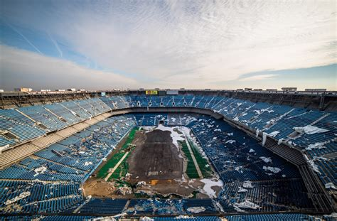 Astro Turf by 13 Haunting Photos From The Pontiac Silverdome Former