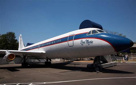 elvis plane panoramio photo of airplane elvis presley lisa marie