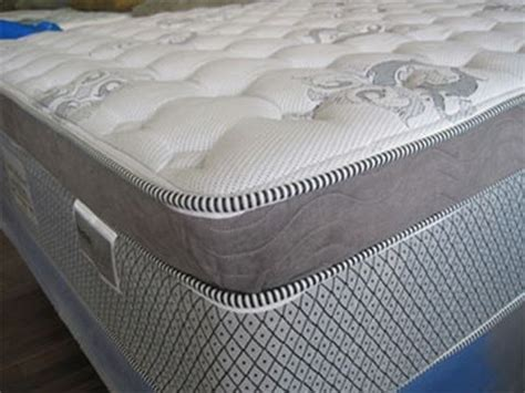 difference between pillow top and top what is the difference between pillow top regular