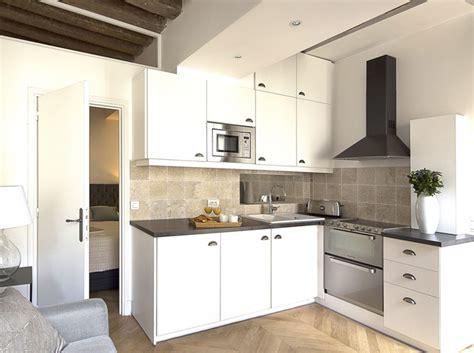 cuisine d appartement relooking d un petit appartement au coeur du marais