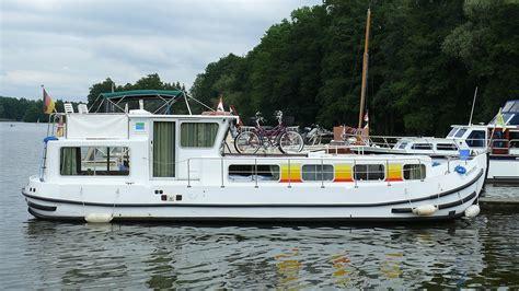 houseboat wikipedia p 233 nichette wikip 233 dia