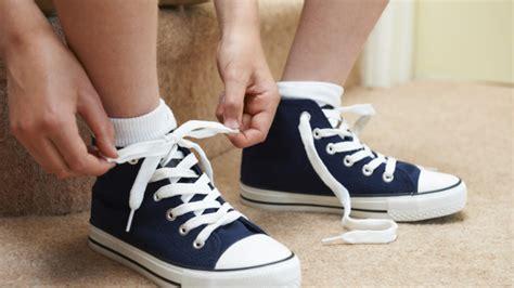 shoe tying for shoe tying parenting articles big city