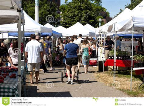 lincoln center farmers market farmer s market in chicago illinois editorial stock photo