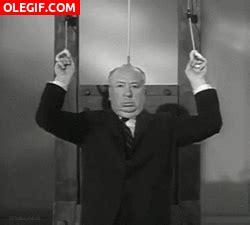 imagenes gif de haciendo el amor gif alfred hitchcock haciendo b 237 ceps con una guillotina